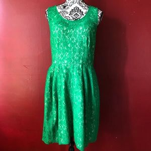 Betsey Johnson 12 lace party cocktail dress green